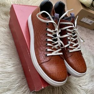 Men's Croc Embossed Lace Up Casual Classic Shoes !